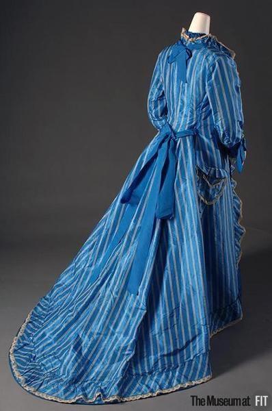 Día vestido ca. 1878.