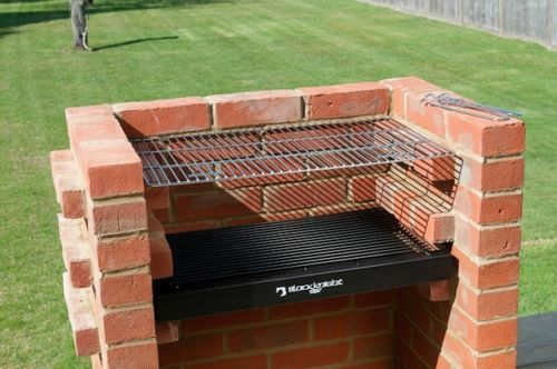 how to build your own smoker out of bricks
