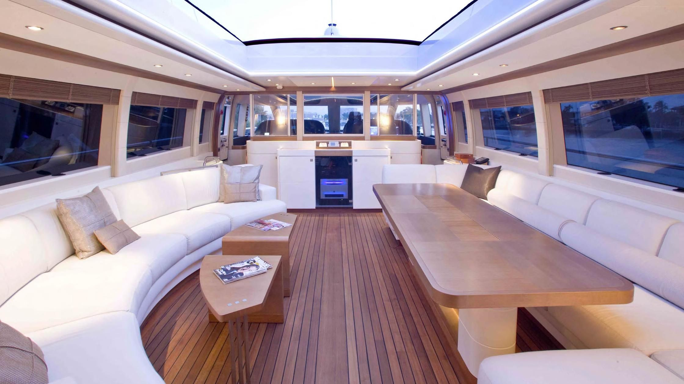 Moon goddess yacht for sale boat international yacht for Interieur yacht