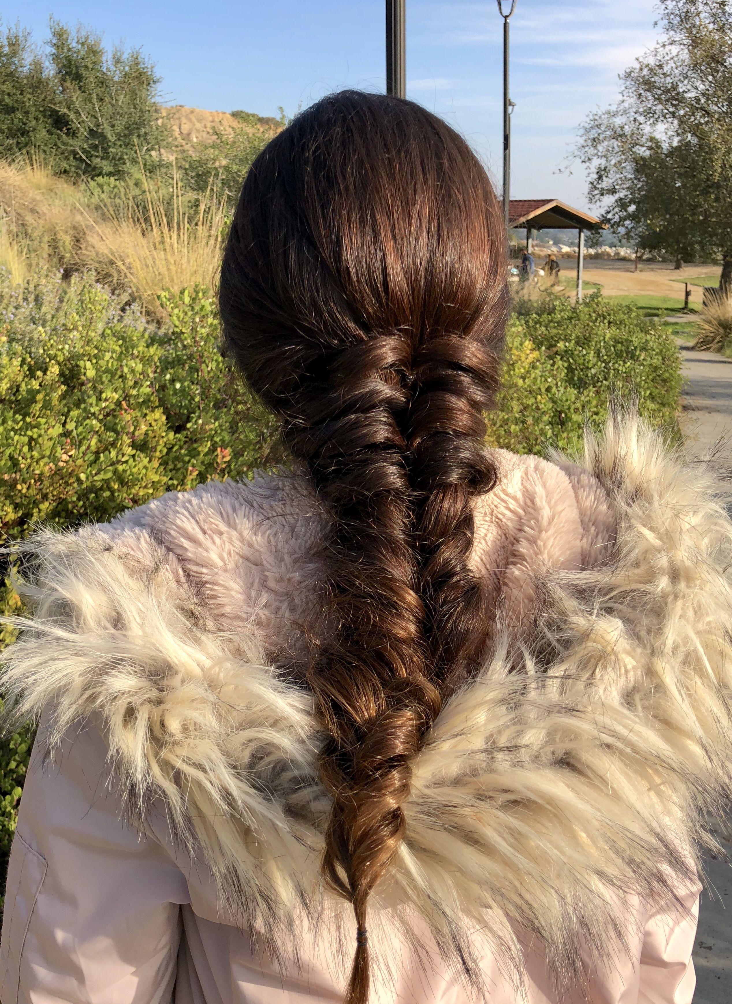 Clásico y sencillo peinados guays Colección de tendencias de color de pelo - 10 peinados hippies que lucen muy bien | Peinados hippies ...