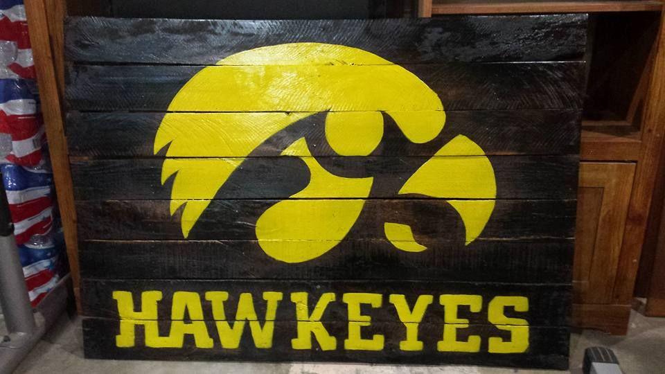 Iowa Hawkeyes Pallet Sign Hawkeyes Iowa Hawkeyes