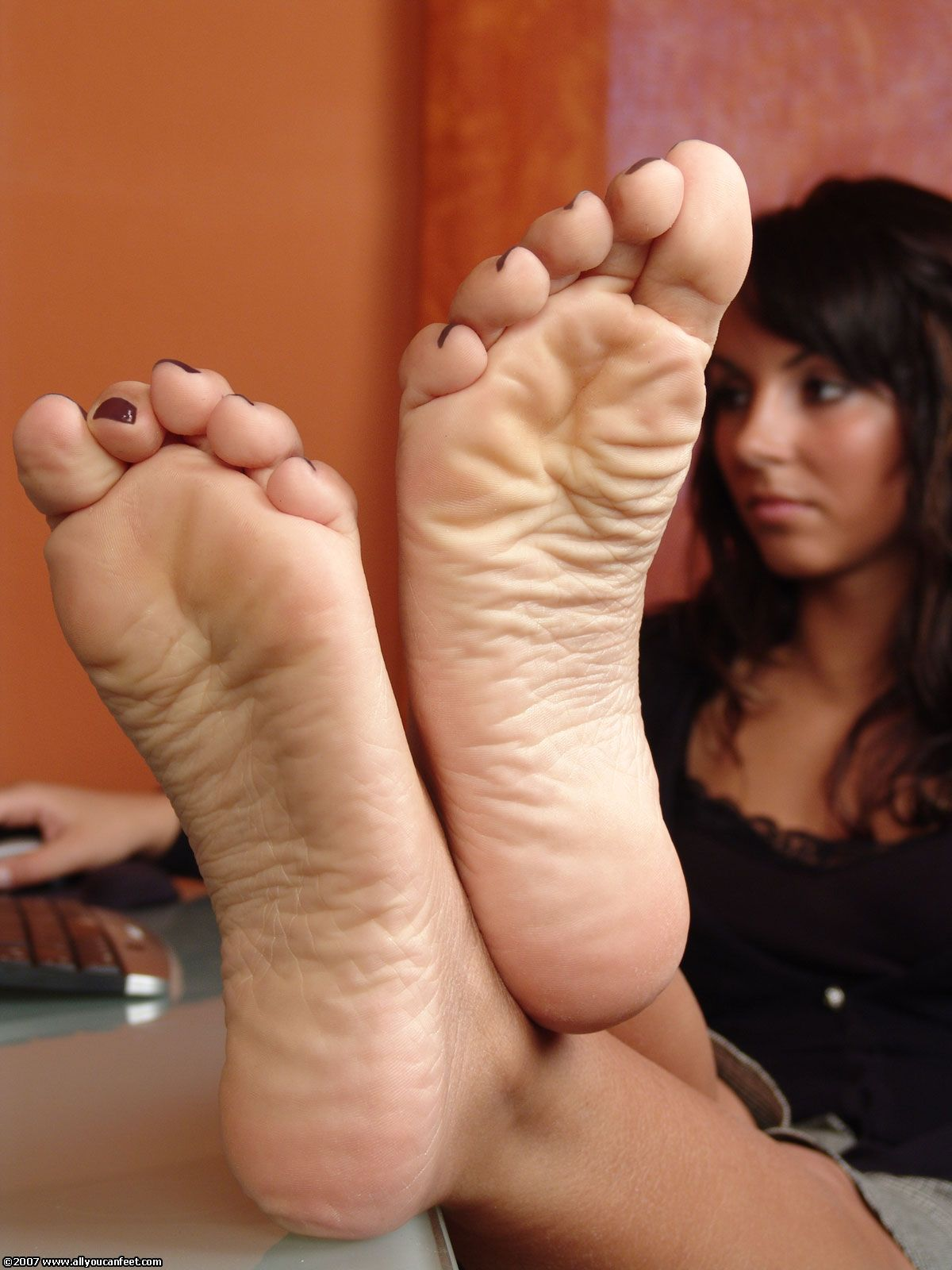 toes soles girl Black feet