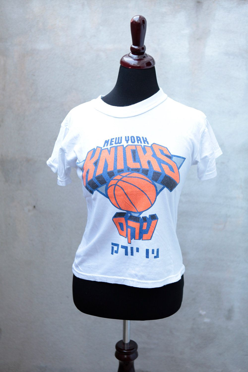 Vintage New York Knicks T Shirt Hebrew Made In Israel Nba Etsy Vintage New York New York Knicks Unique Shirt