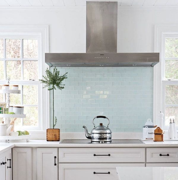 Solid Glass Backsplash Kitchen: Kitchen Decor: Inspirational Backsplashes