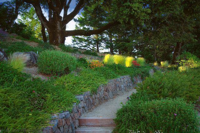 Jardin en pente - idées d\u0027aménagement et conseils plantation - Allee De Jardin En Pave