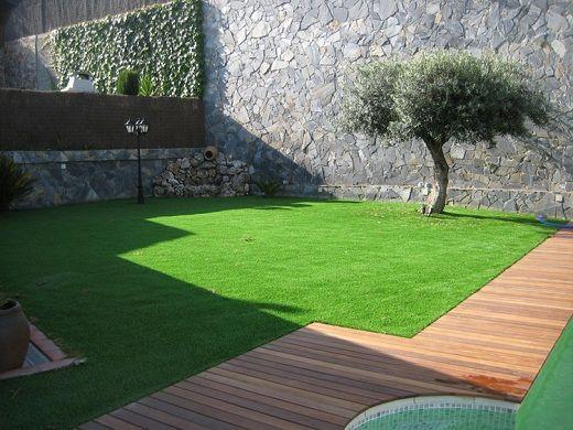 Cesped artificial para terrazas piscinas jardines Diseno de jardines pequenos sin cesped