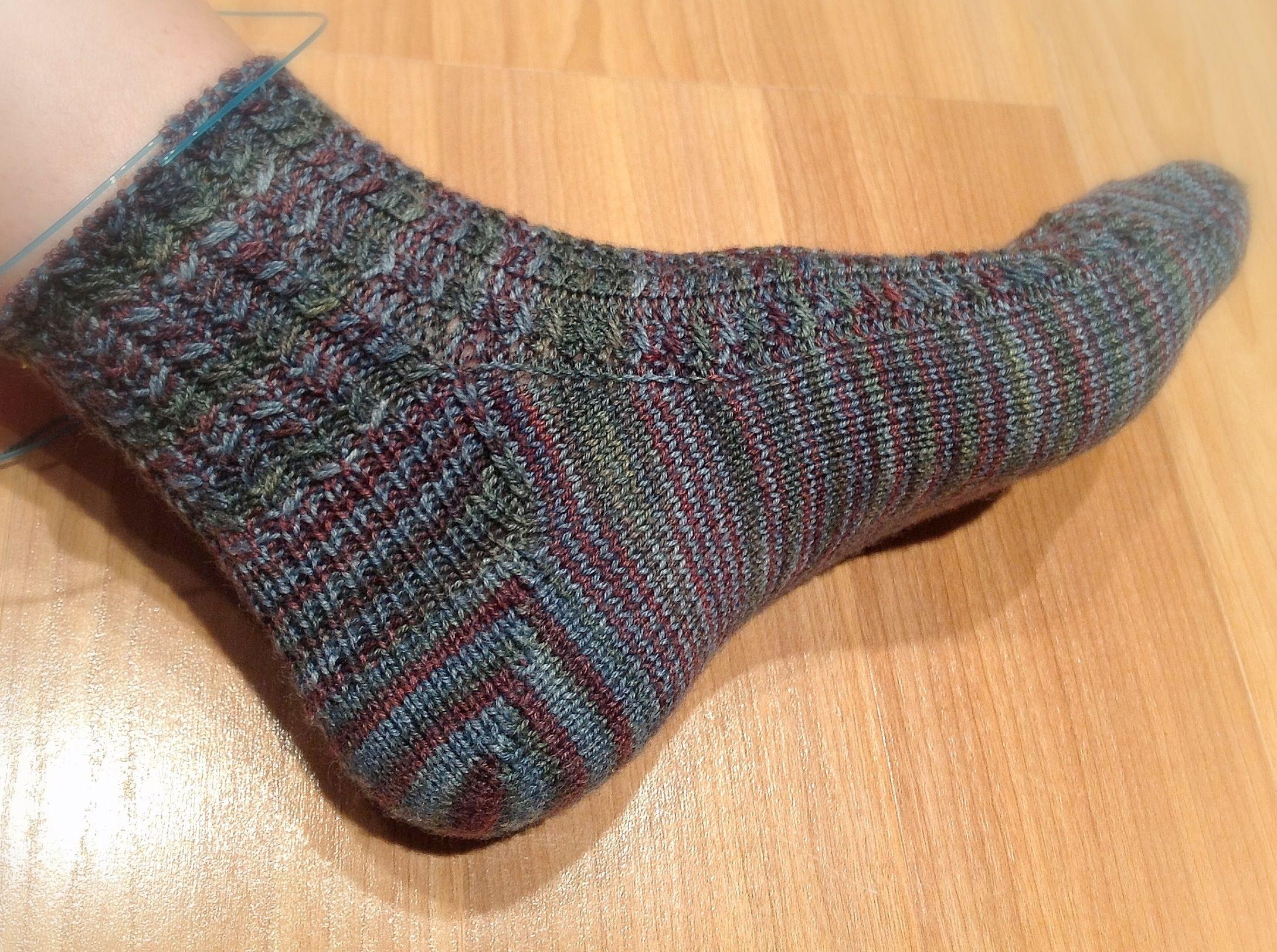 Shadow wrap short row heel knitting socks pinterest knit socks shadow wrap short row heel bankloansurffo Images
