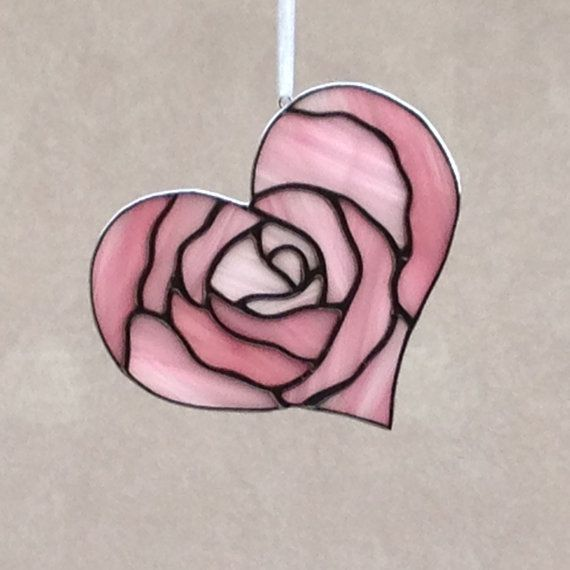 stained glass pink rose heart valentine suncatcher ornament stained glass pinterest glas. Black Bedroom Furniture Sets. Home Design Ideas