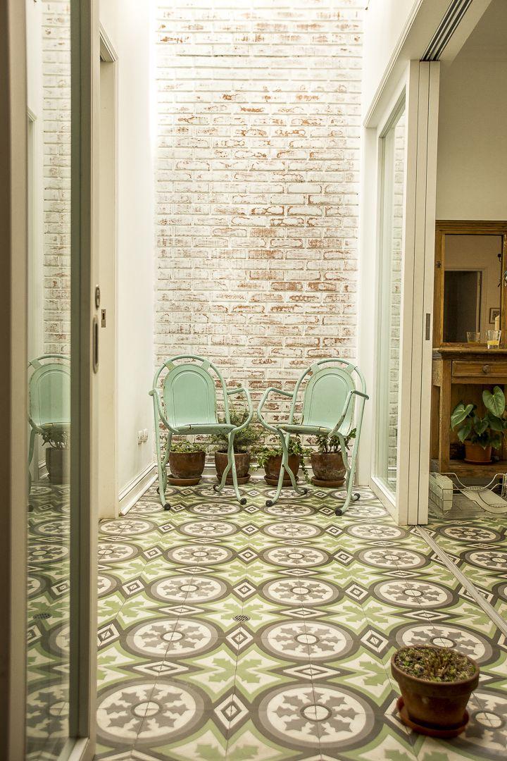 Nicole S Charming House In Miraflores Lima Avec Images Decoration De Sol Deco Sol Carreau De Ciment