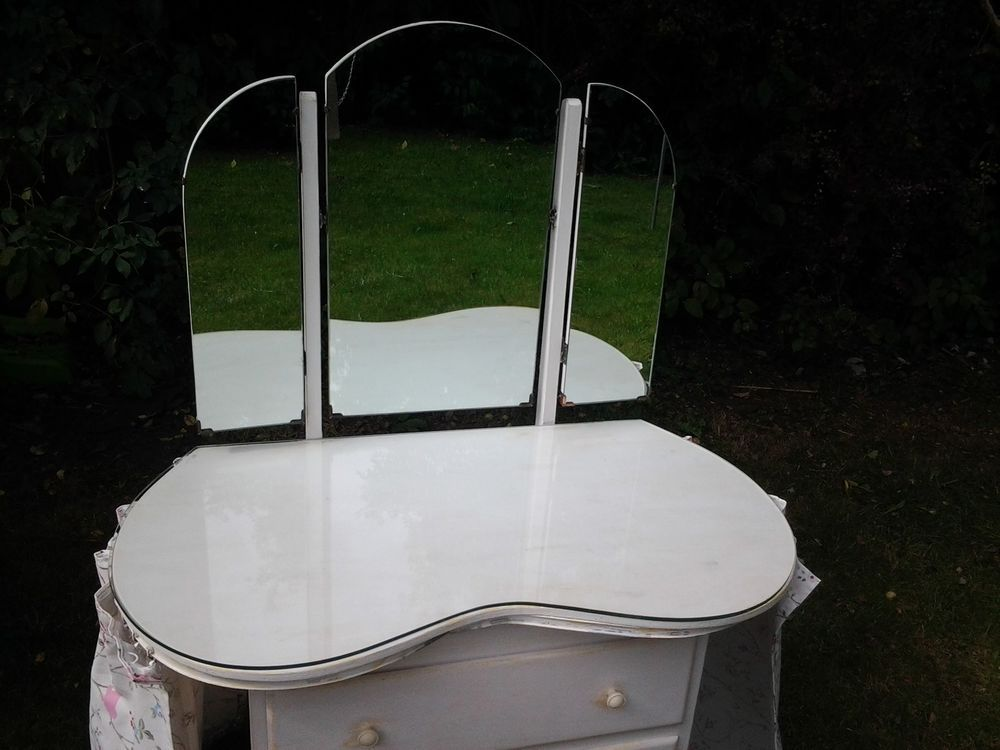 Vintage triple mirror kidney shapedressing table glass top and stool shabby chic