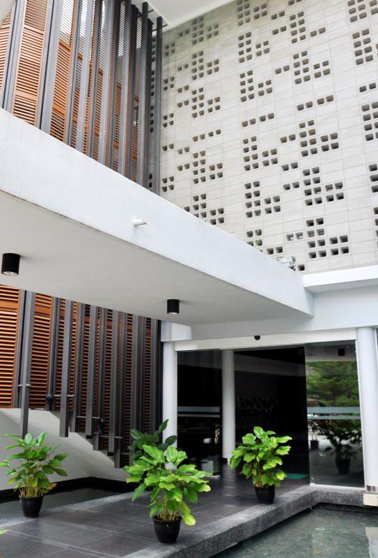 Ventilation Blocks Malaysia Google Search Facade House Exterior Design House Exterior