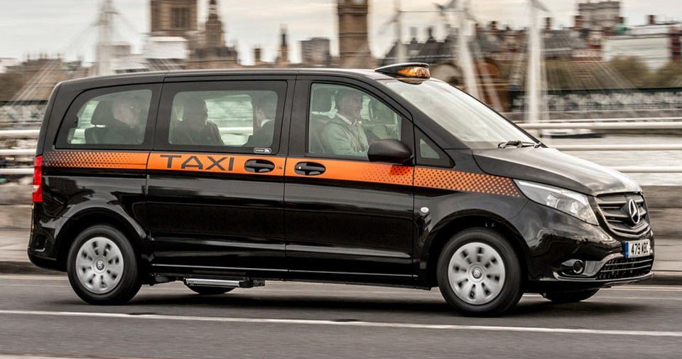 Updated Mercedes-Benz Vito Taxi Comes With More Standard Features, Rear-Steering Axle #Mercedes #Mercedes_Vito_Viano