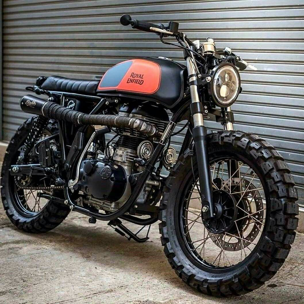 Seems Awfully Rugged And Heavy For A One Cylinder But Gorgeous Nonetheless Tracker Motorcycle Street Tracker Motorcycle Scrambler Motorcycle