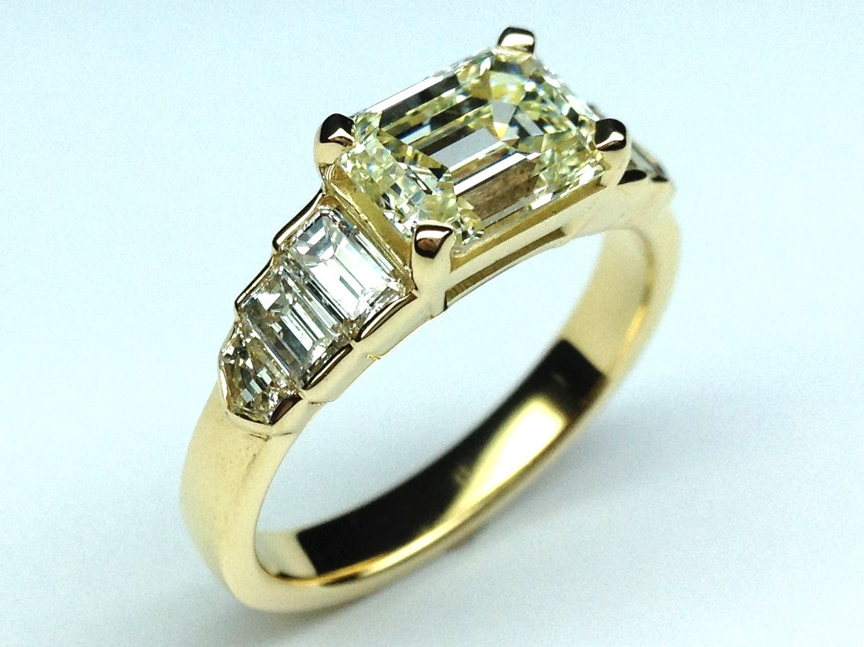 Horizontal Emerald Cut Step Up Diamond Engagement Ring in
