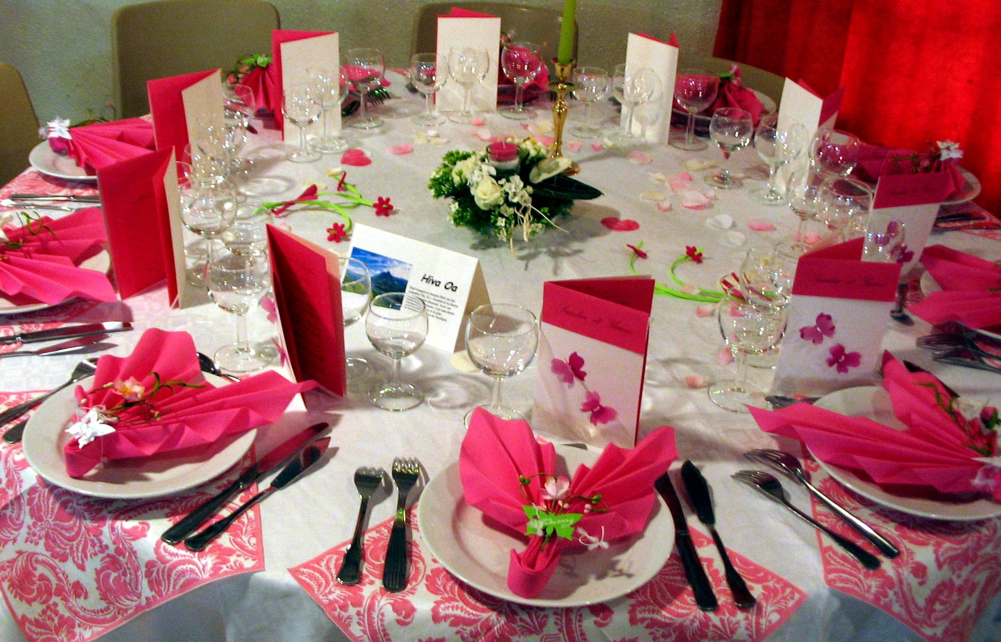D coration table de mariage photo d co de table mariage rouge et blanc we - Decoration tables mariage ...
