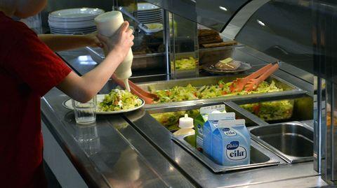 Kouluruoka tulee entistä lähempää – kalakin voi silti olla sataprosenttista tuontitavaraa