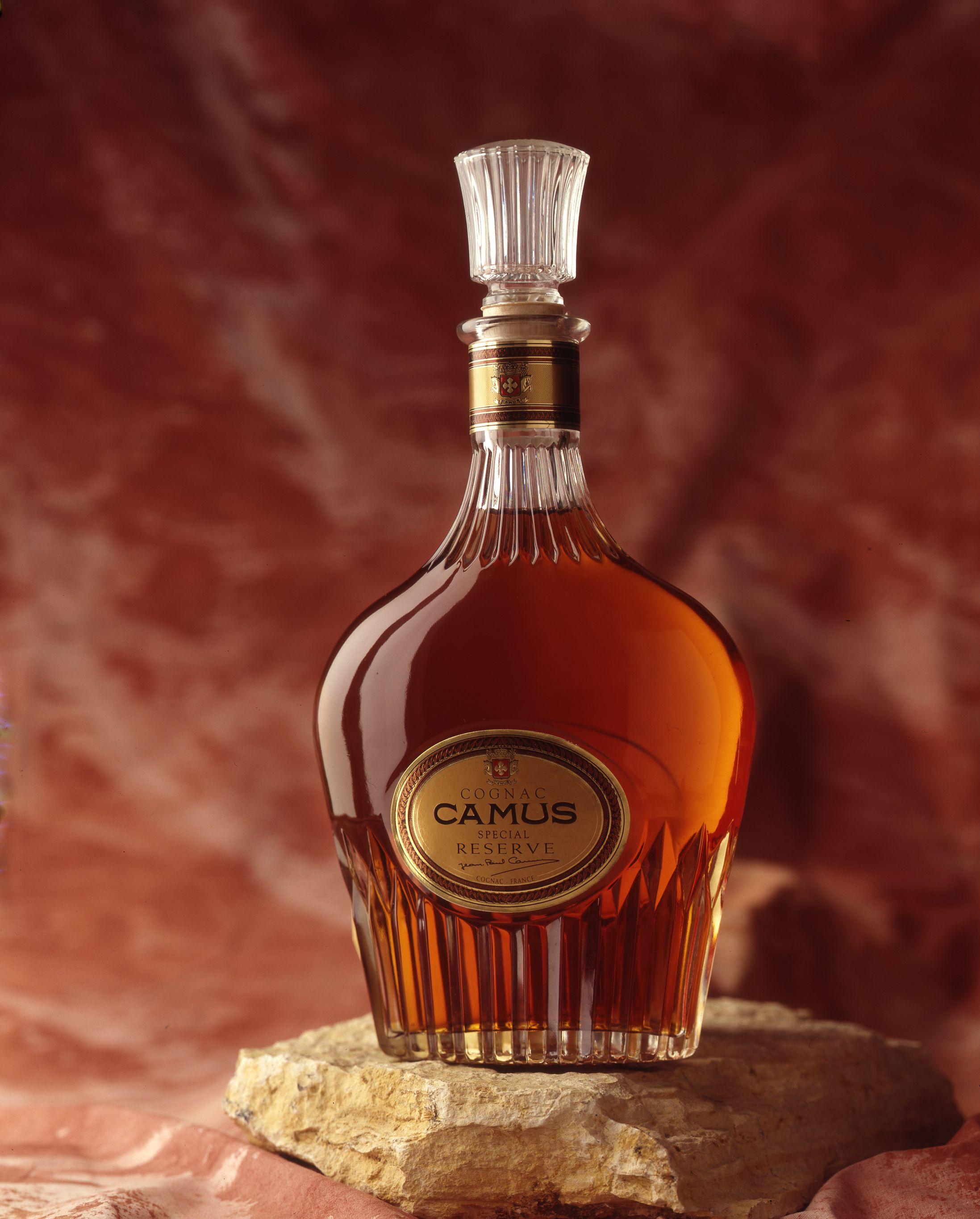 Camus Special Reserve Wine And Liquor Liquor Bottles Whiskey Drinks
