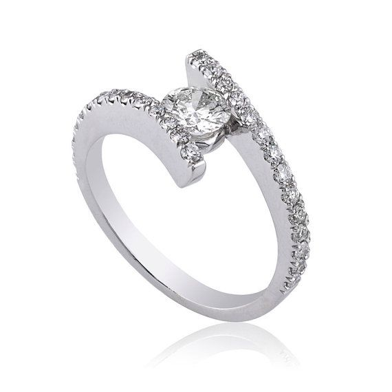 60% off Twisted Diamond Ring  Round Cut 0.81 Total by BJewelry1974