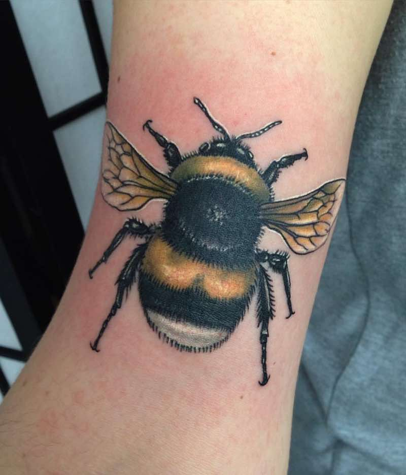 4b04b4000 The Best Bee Tattoos | The Very Best Bee Tattoos | Bee tattoo ...