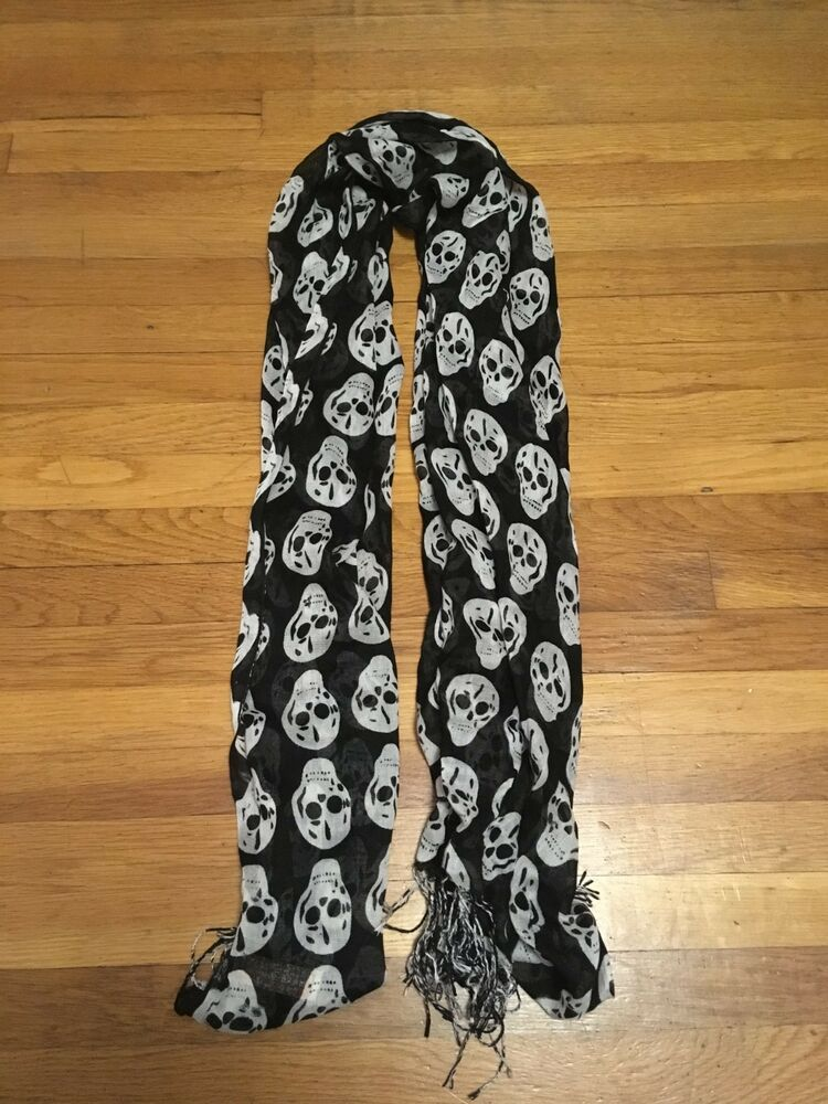 bec4bb83e Pre Owned Pashmina women's skull scarf! Black and white! Large! #fashion  #clothing #shoes #accessories #womensaccessories #scarveswraps (ebay link)
