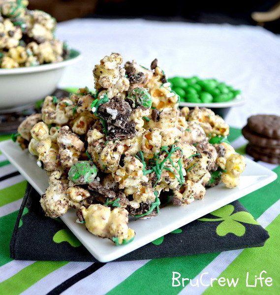 Mint Fudge Popcorn