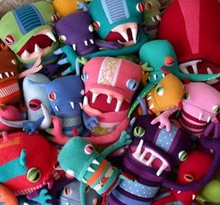 uhh lovely monsters...  squizz'em all!    (can't remember where I got this from. If it's yours, please let me know so I can give u the credit!)