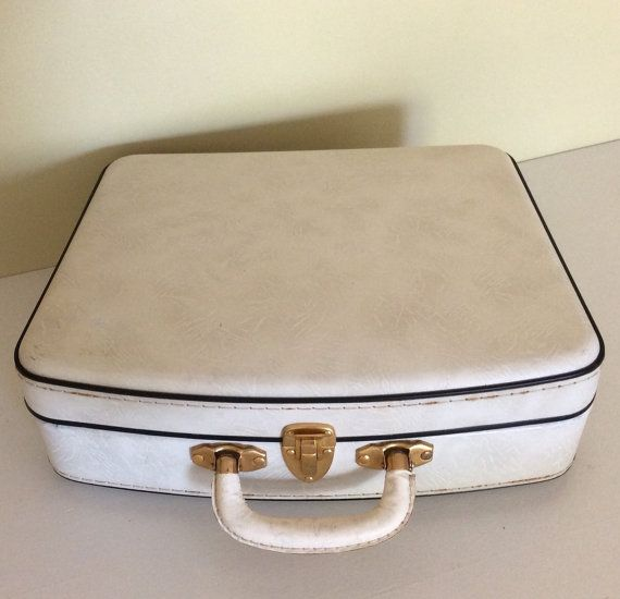 REDUCED PRICE Vintage retro ladies cream and by SouthofFranceFinds