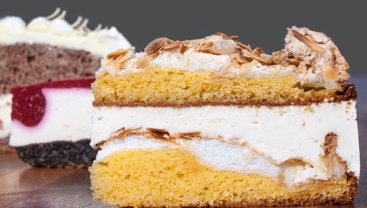 Frische, hausgebackene Torten und Kuchen von Cafe Da Vinci in Ebbs. Alle Mehlspeisen werden nur aus natürlichen Rohstoffen täglich frisch gebacken.