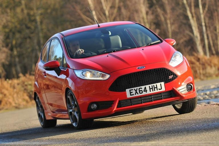 Group Test Ford Fiesta St Vs Peugeot 208 Gti 30th Anniversary