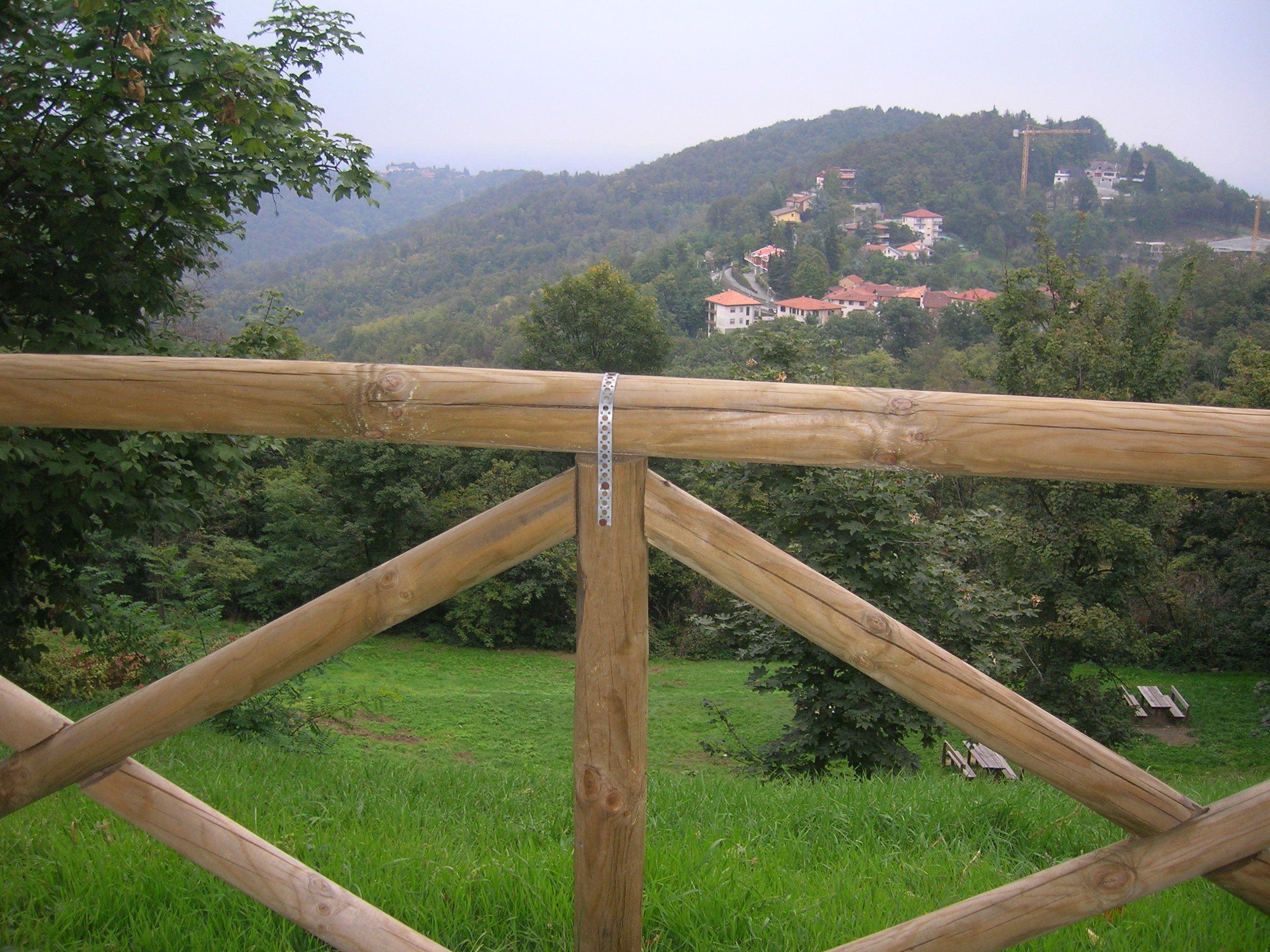 Staccionata a croce s andrea in pino staccionata legno for Staccionata in legno leroy merlin
