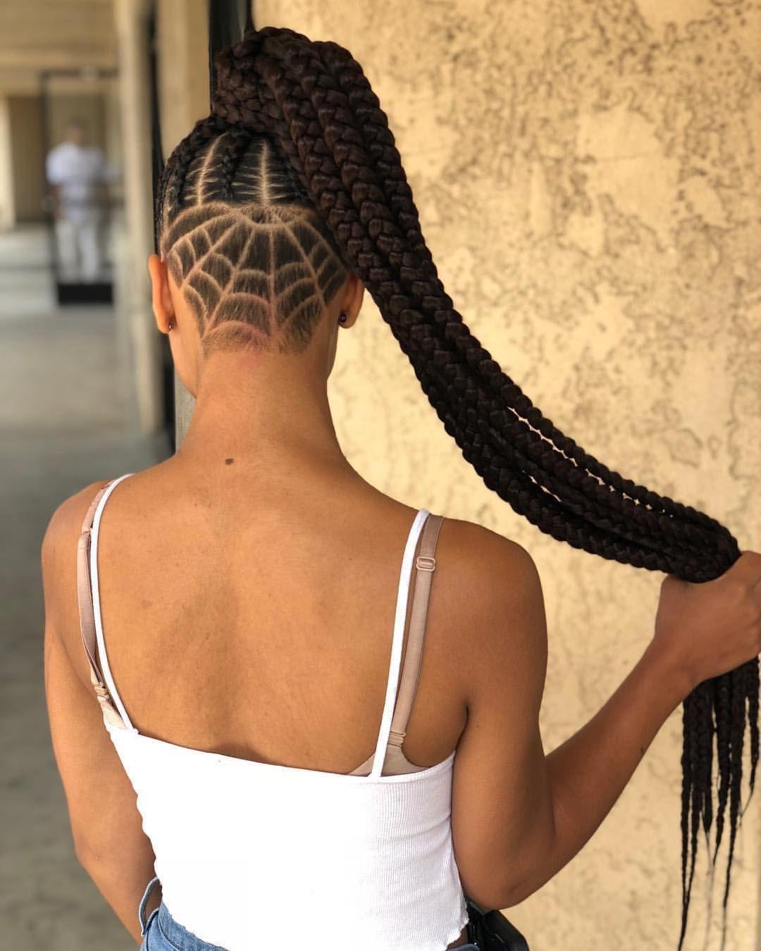 Tresses Collees Avec Rajouts Sur Cheveux Afro Crepus Naturels Cheveux Tresse Africaine Cheveux Court Cheveux Coiffure