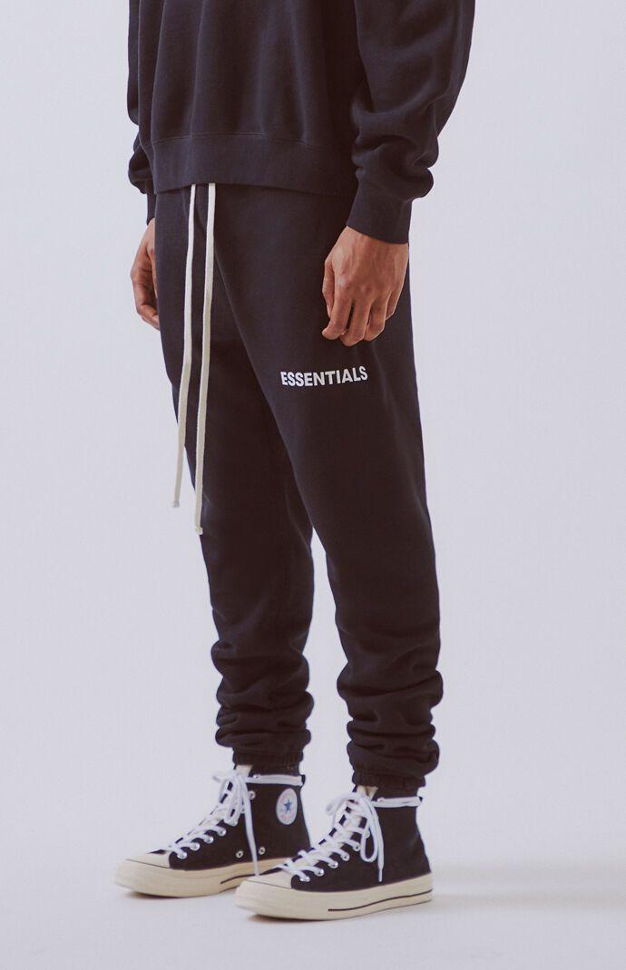 Fog Fear Of God Essentials Sweatpants Pacsun How To Wear Sweatpants Sweatpants Style African Men Fashion