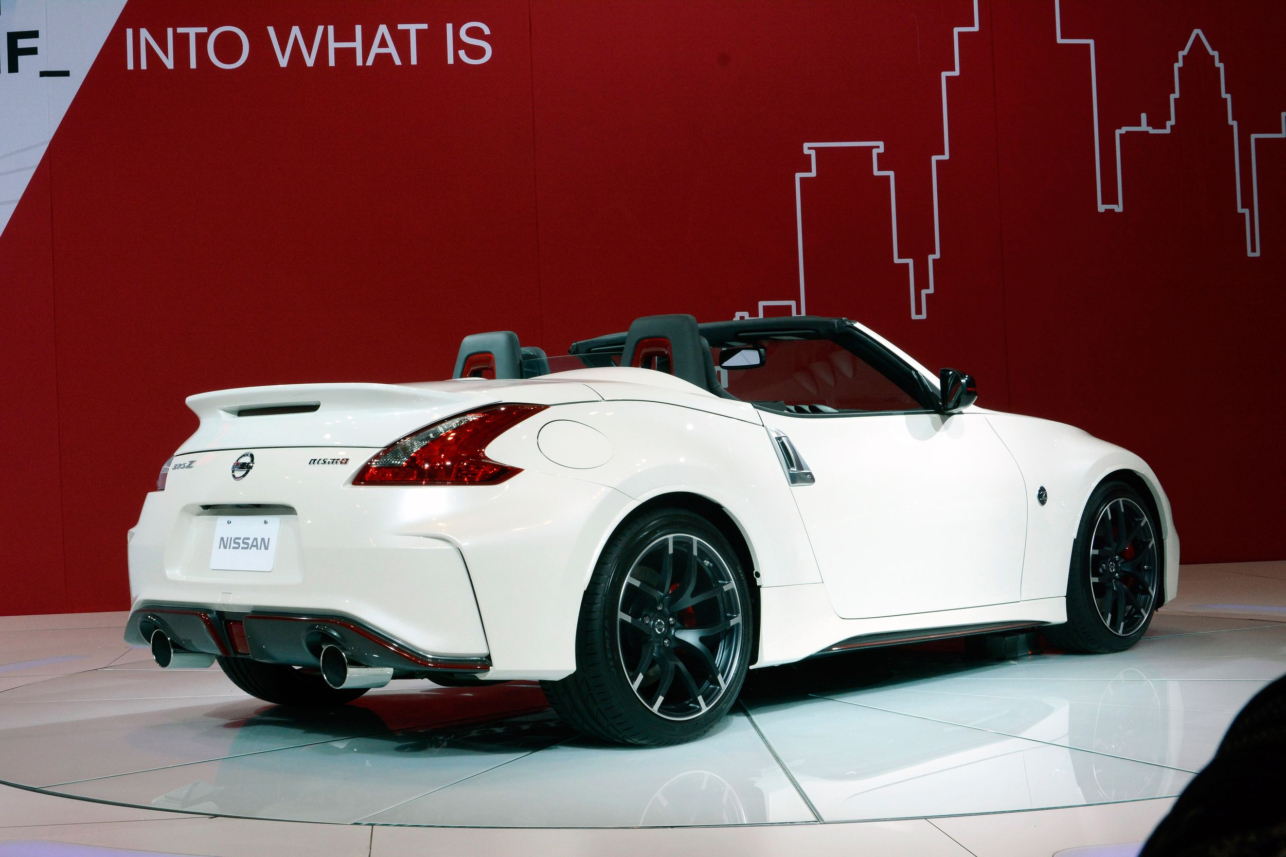 Chicago 2015 Nissan 370z Nismo Roadster Concept Right Rear Qtr