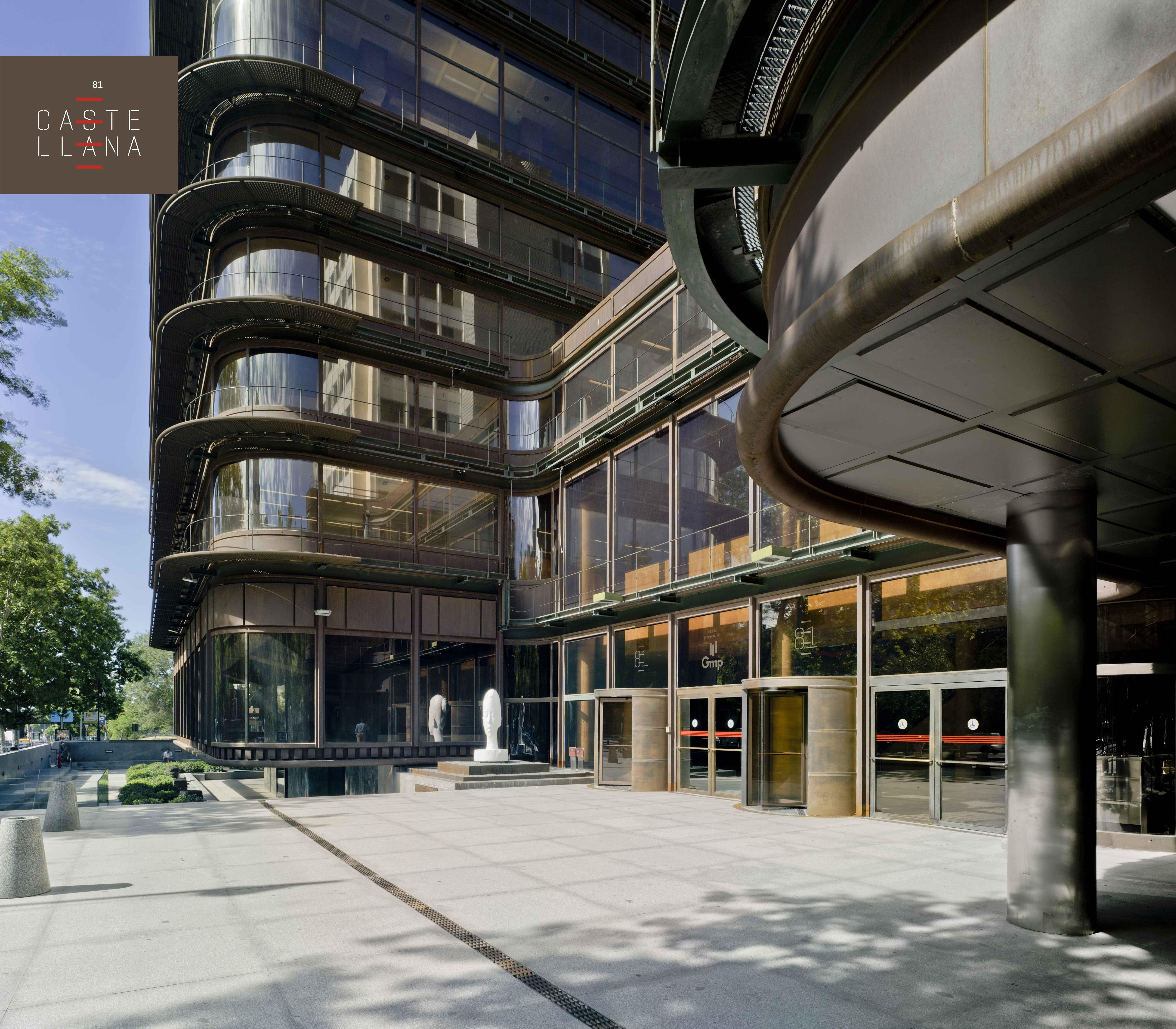 Dentro del compromiso de Castellana 81 con la accesibilidad y con una sociedad diversa, el edificio ha alcanzado la máxima calificación DIGA -5 estrellas- en la modalidad de edificio singular anterior a 2010. #edificio #accesibilidad #AZCA #madrid #arquitectura