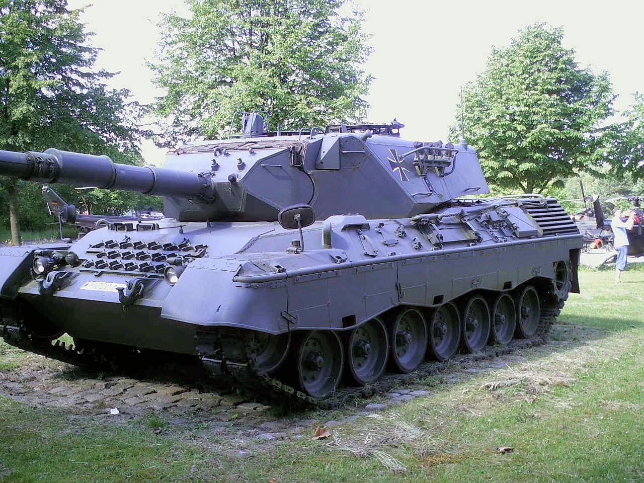 Leopard 1 | Leopard 1A4 Walk Around Page 2 | VEHICLEs