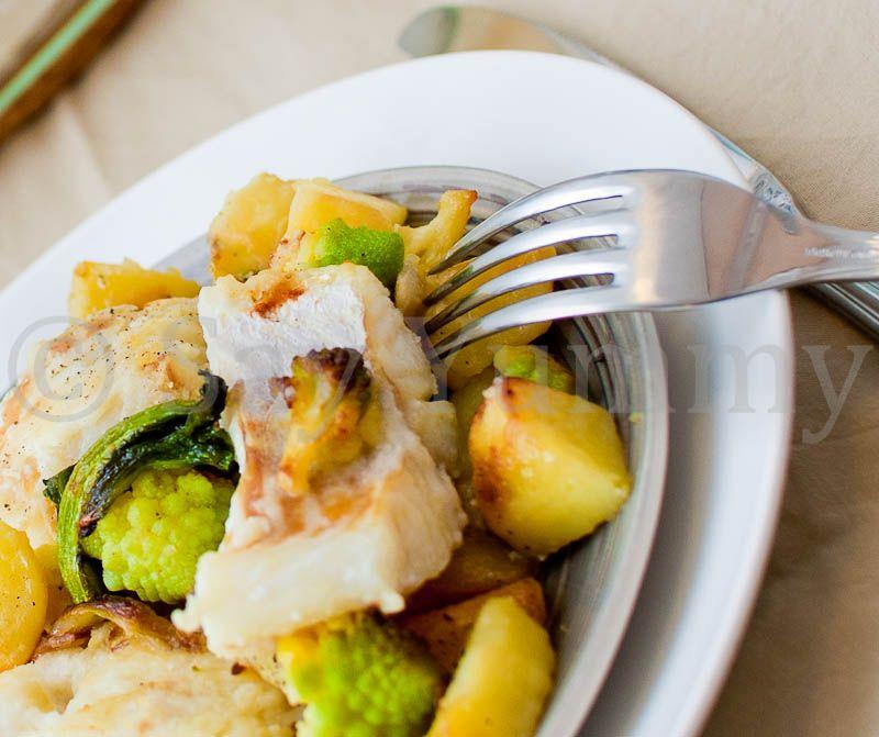 Baccalà al forno con patate e broccolo romano