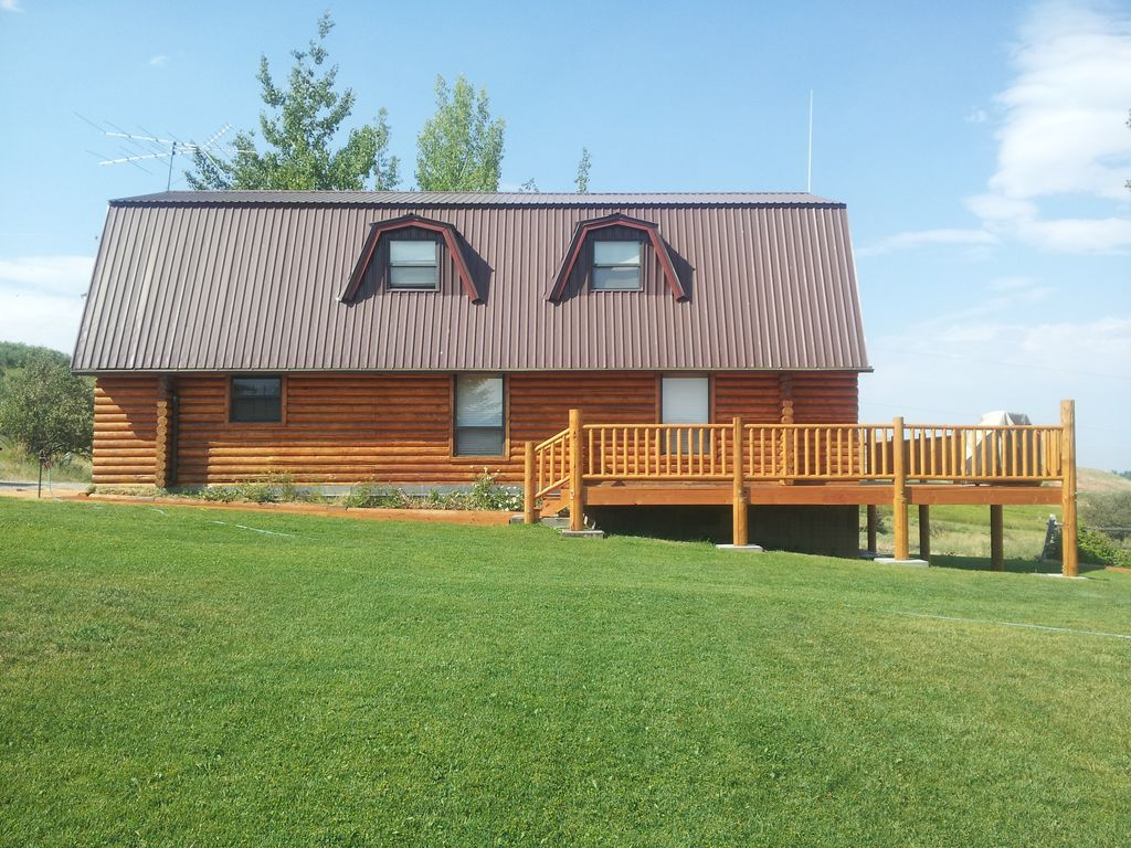 Authentic Cabin Rental on Bear Lake in Salt Lake City