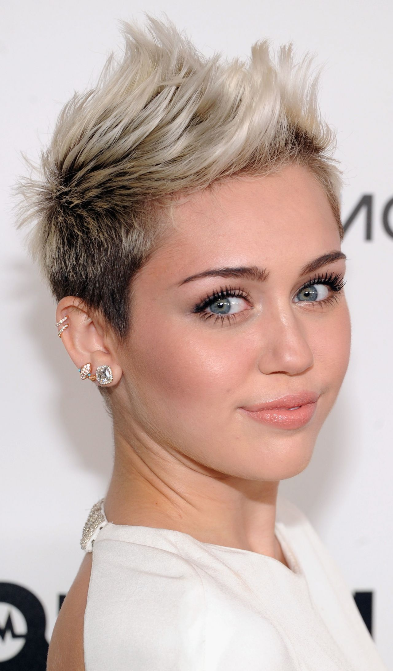 Medium Frisuren Die Miley Cyrus Ideen Medium Frisuren Die Miley