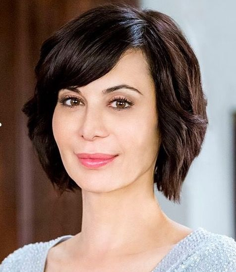 Dressing Your Truth Type 2 Catherine Bell Not Officially Typed Catherine Bell Hair Styles Side Bangs Hairstyles