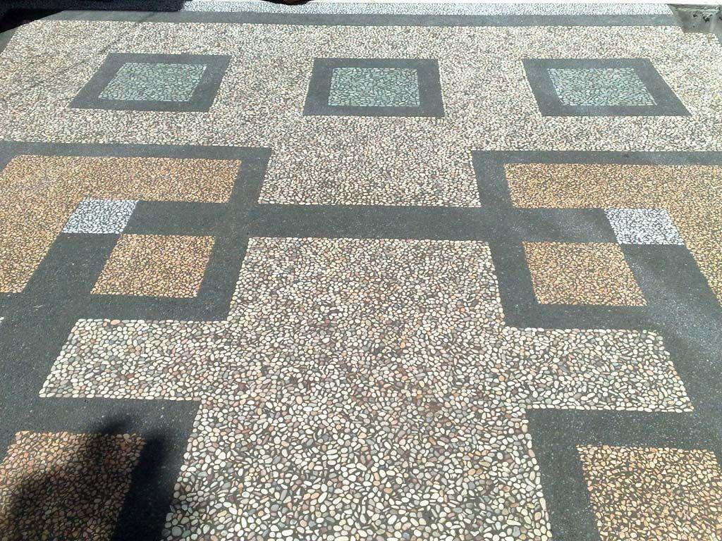 Gambar Carport Batu Alam Keramik Garasi Batu