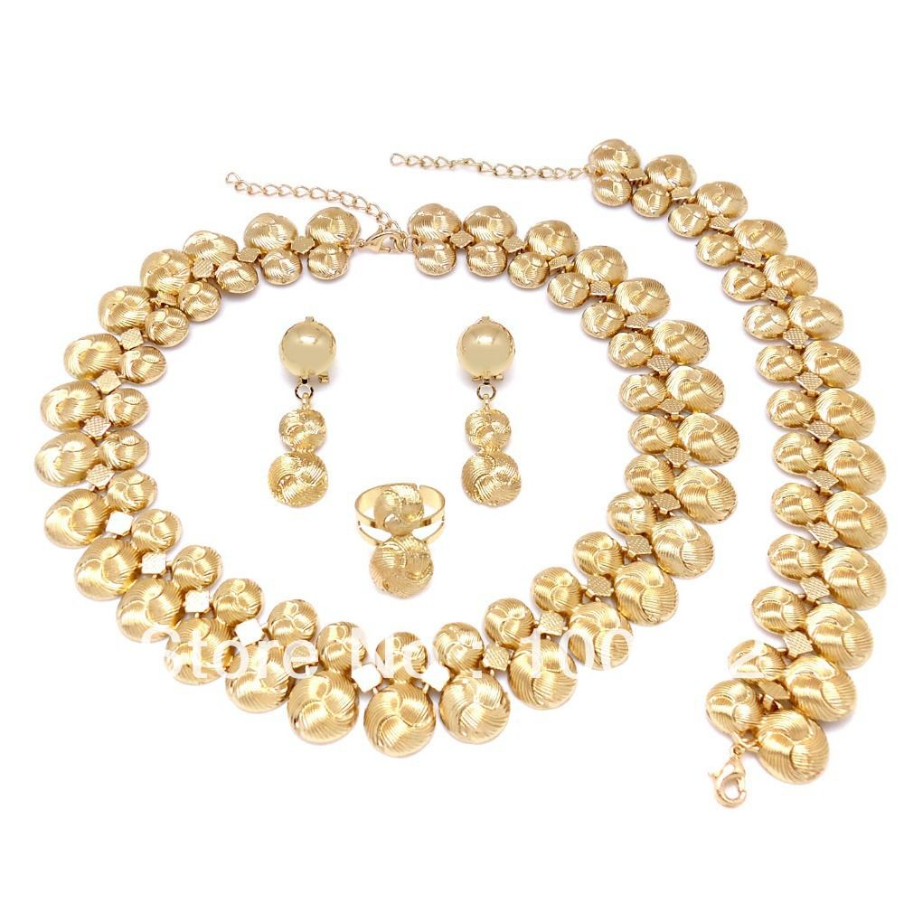 Azva Bridal Gold Jewellery Want additional info Click on the