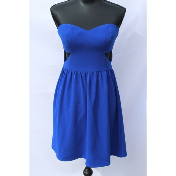 En Creme/Nordstrom BP: Strapless Blue Mini Worn ONCE. 2 triangle cutouts on sides. Cobalt Blue with slight texture (crepe fabric). Questions or offers? Leave them below  Dresses Mini