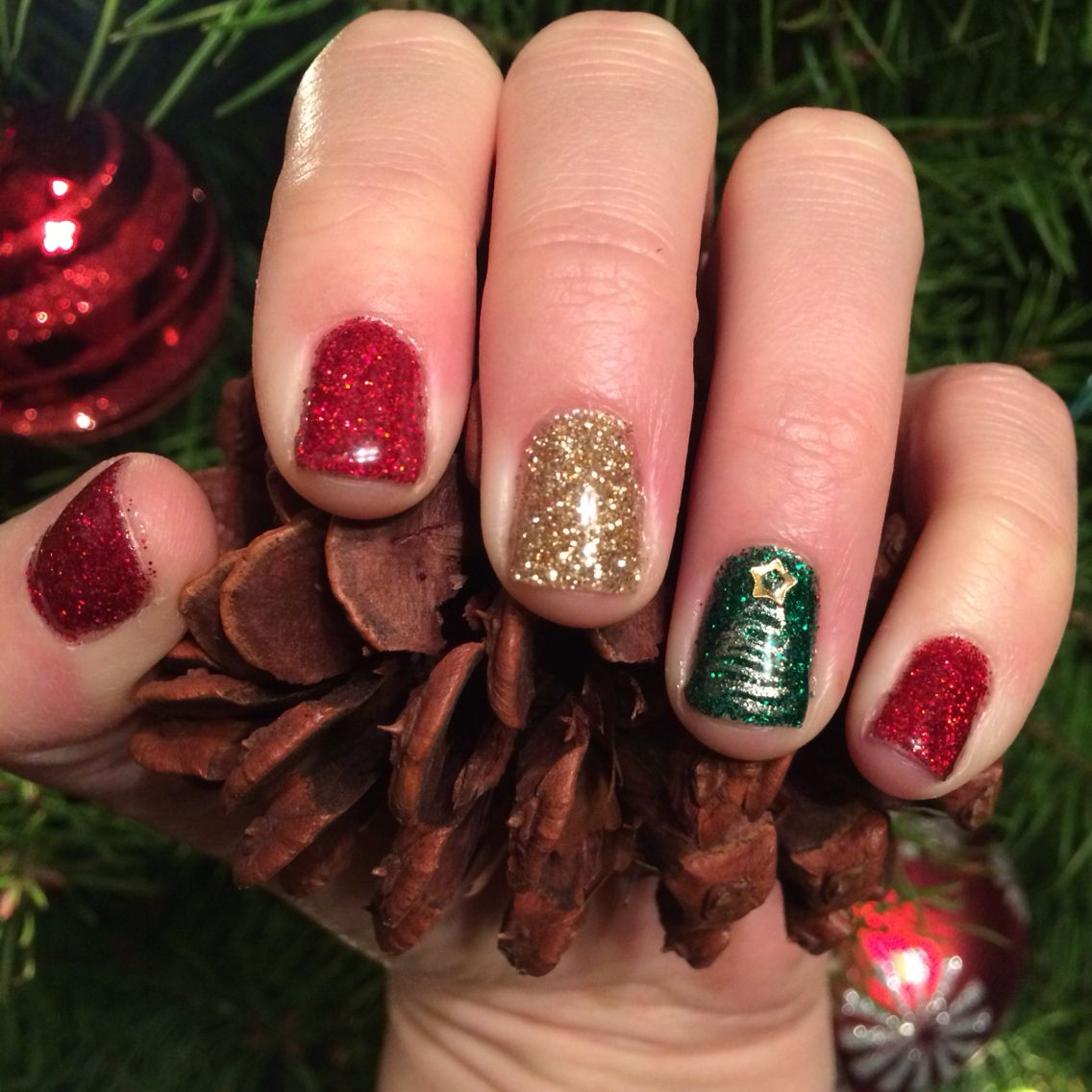 Christmas Nails Red Green Gold Glitter Which Christmas Tree Christmas Nails Glitter Christmas Nails Green Nails
