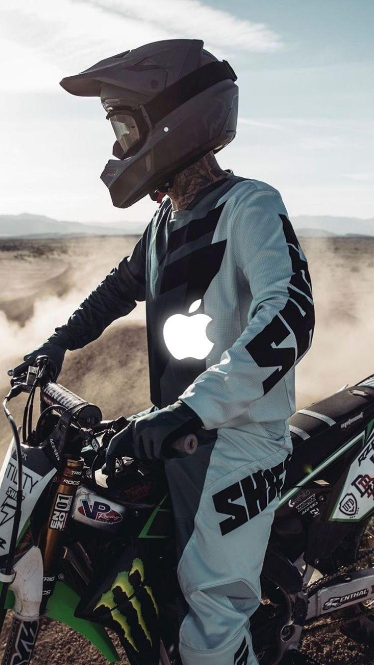 Pin By Dorina Veinemer On Iphone In 2020 With Images Dirtbikes