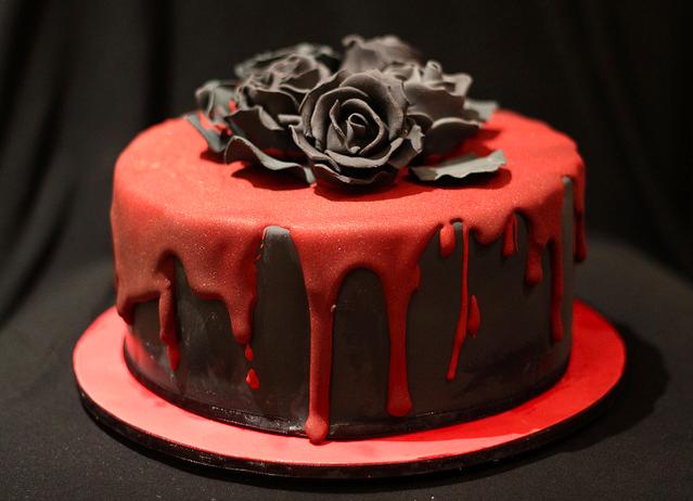 Admirable Gothic Birthday Cake Goth Cakes Gothic Birthday Cakes Cake Funny Birthday Cards Online Overcheapnameinfo