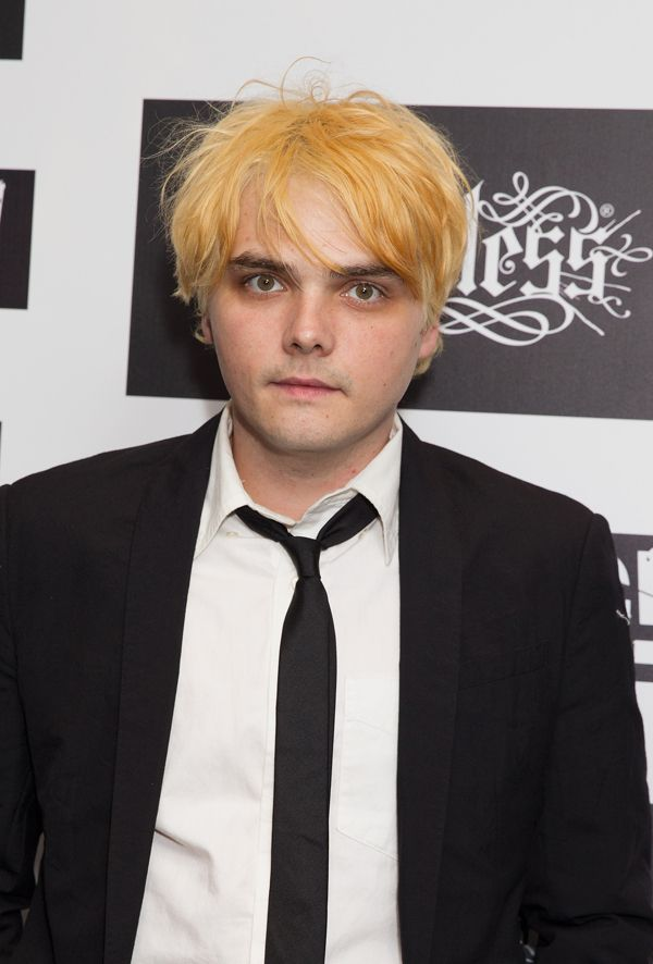 Pin By Love Bands On My Chemical Romance Gerard Way Black Parade Gerard Way My Chemical Romance
