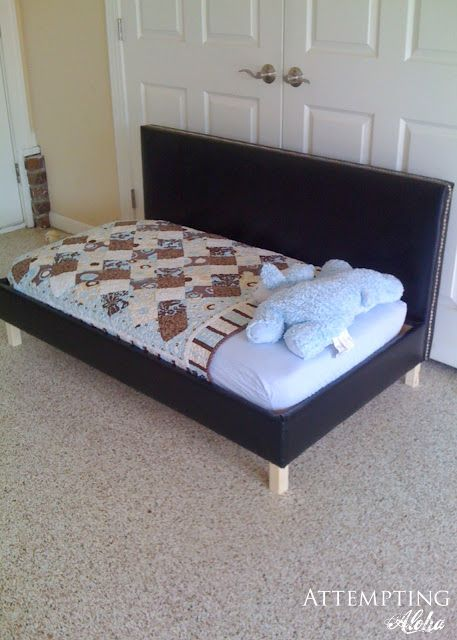Attempting Aloha Diy Upholstered Toddler Bed Couch Plans Diseno De Muebles Decoracion De Unas Disenos De Unas