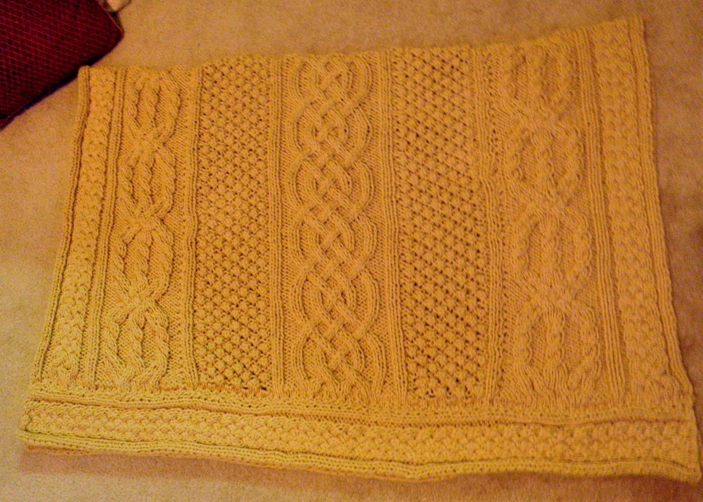 Celtic afghan (pattern based on Buridge Lake Aran Afghan). | Knit ...