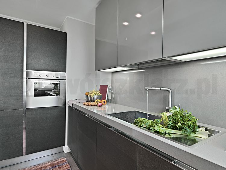 Lacobel W Kuchni Grey Kitchen Cupboards Kitchen Fittings Grey Kitchens
