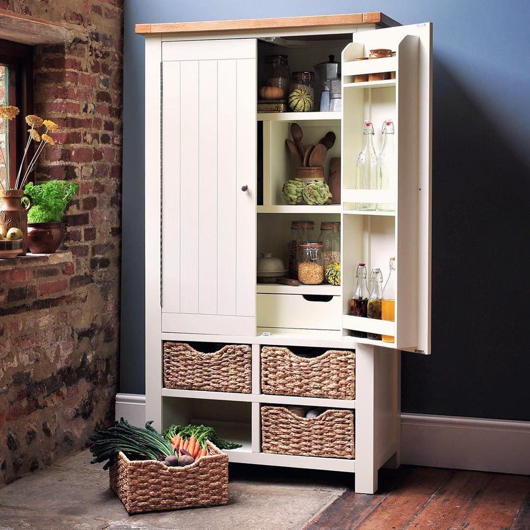 Kitchen Interior With Pallet Storage Ideas